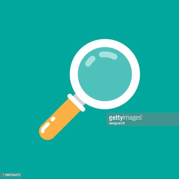 ilustraciones, imágenes clip art, dibujos animados e iconos de stock de diseño plano del icono de la lupa. - lupa instrumento óptico