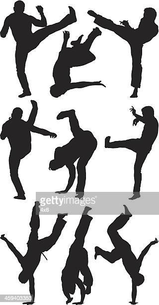 Mann beim capoeira