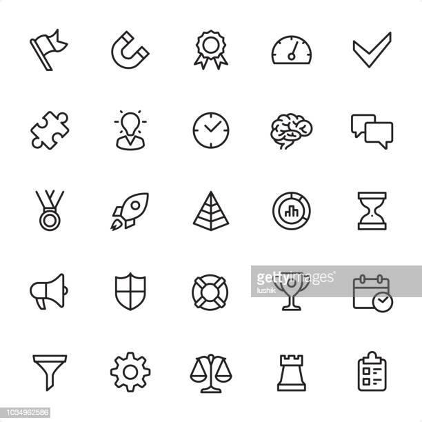 ilustraciones, imágenes clip art, dibujos animados e iconos de stock de gestión - conjunto de iconos de contorno - torre pieza de ajedrez