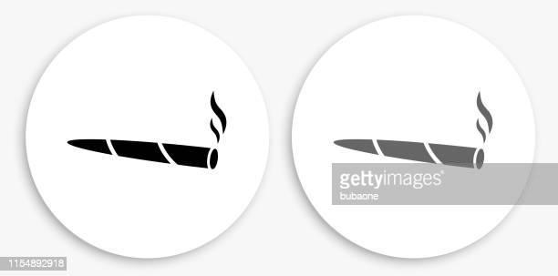 ilustraciones, imágenes clip art, dibujos animados e iconos de stock de la marihuana icono redondo en blanco y negro - fumar marihuana