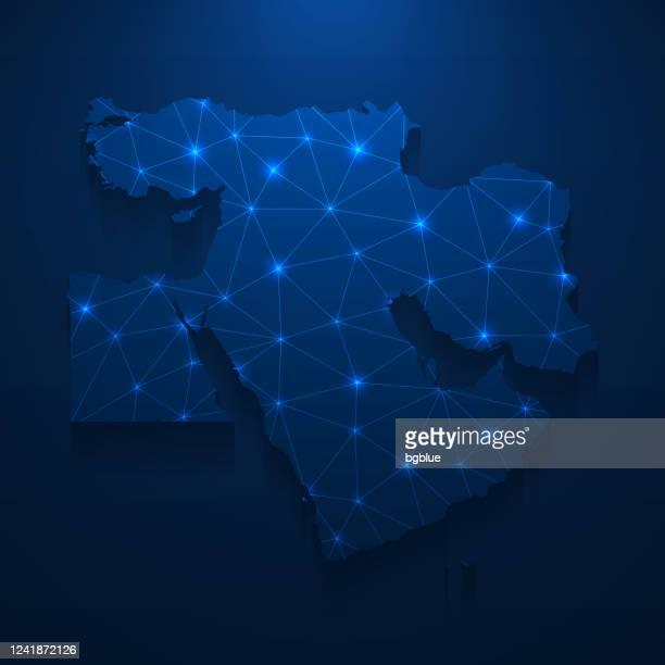 ilustraciones, imágenes clip art, dibujos animados e iconos de stock de red de mapas de oriente medio - malla brillante sobre fondo azul oscuro - gulf countries
