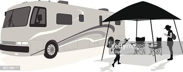 illustrations, cliparts, dessins animés et icônes de téléphone mobile - camping car