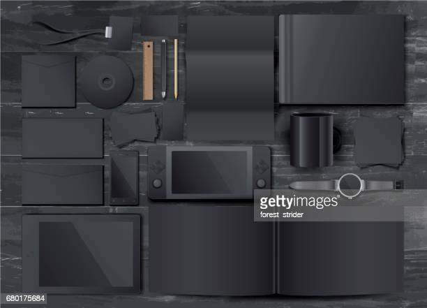 木製の机の上のモックアップ黒ビジネス テンプレート - 電子手帳点のイラスト素材/クリップアート素材/マンガ素材/アイコン素材