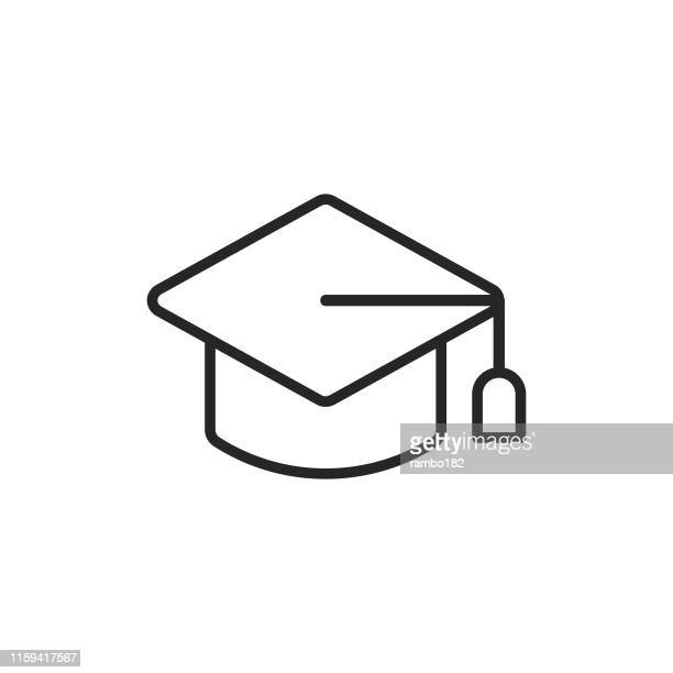 ilustraciones, imágenes clip art, dibujos animados e iconos de stock de icono de línea de mortarboard. trazo editable. píxel perfecto. para móviles y web. - birrete