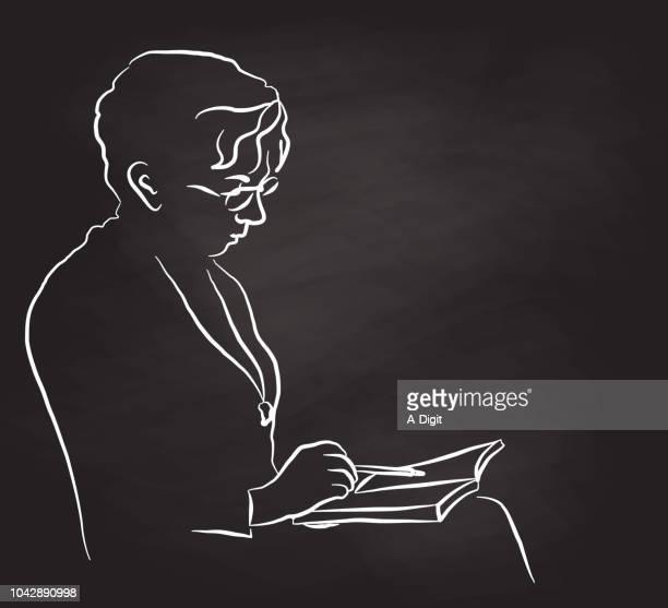 mutter lesen mit brille - literatur stock-grafiken, -clipart, -cartoons und -symbole