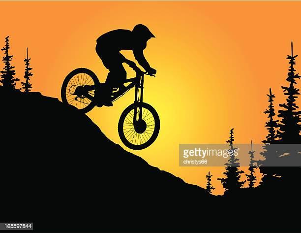 ilustrações de stock, clip art, desenhos animados e ícones de montanha mountain biker - mountain bike