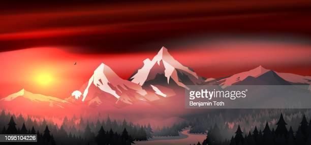 berge landschaft sonnenuntergang mit kiefernwald in der nähe von einem see - kieferngewächse stock-grafiken, -clipart, -cartoons und -symbole