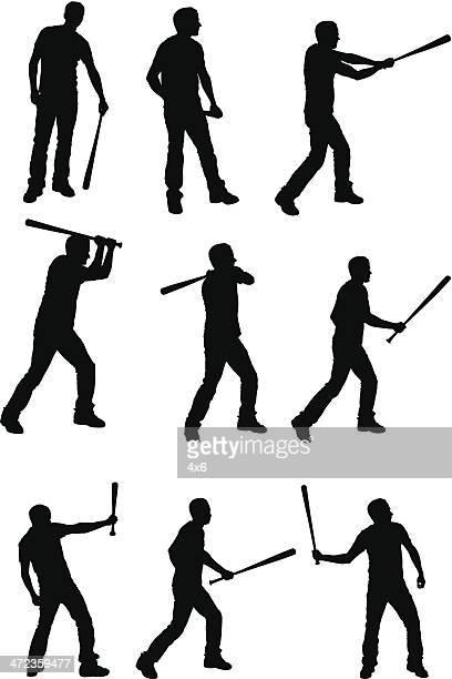 Mehrere Bilder von einem Mann mit Baseballschläger