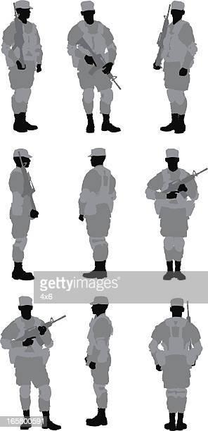 Plusieurs images d'un soldat