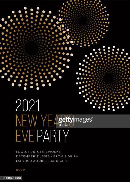 stockillustraties, clipart, cartoons en iconen met uitnodigingssjabloon voor de uitnodiging voor oudejaarsavond. - nieuwjaar