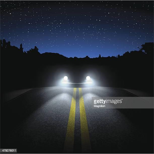 ilustraciones, imágenes clip art, dibujos animados e iconos de stock de carretera de noche - faro