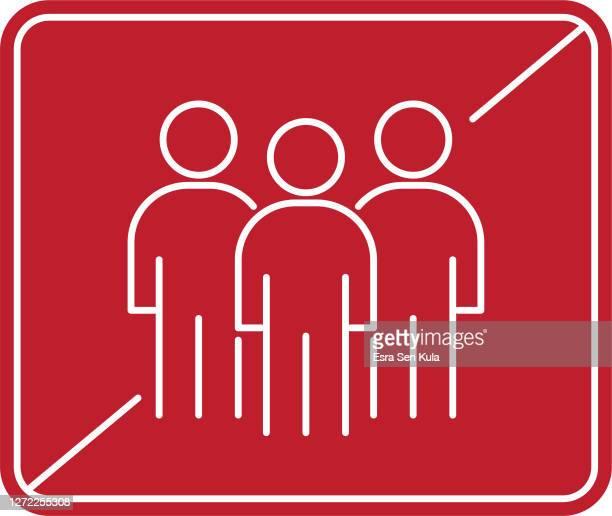 ilustraciones, imágenes clip art, dibujos animados e iconos de stock de no hay grupos de multitudes y personas. icono de signo prohibied. - evitar