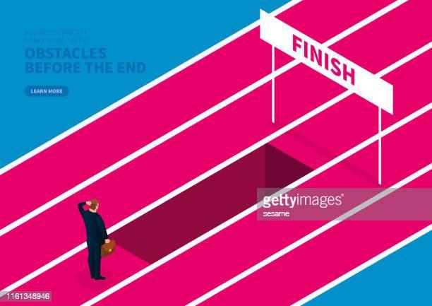 ilustraciones, imágenes clip art, dibujos animados e iconos de stock de obstáculos antes de llegar al final - uncertainty