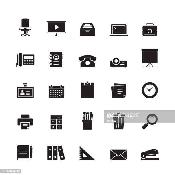ilustraciones, imágenes clip art, dibujos animados e iconos de stock de suministros de oficina e iconos vectoriales relacionados con papelería - reloj de pared