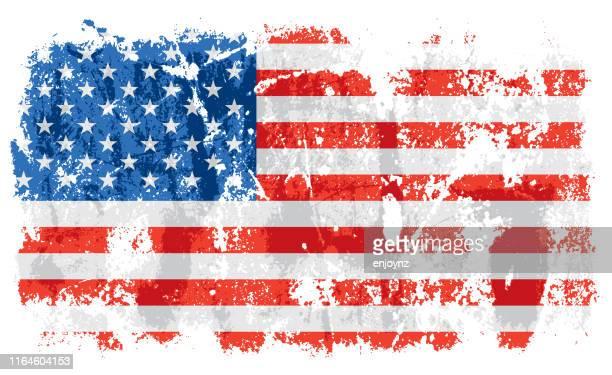 illustrazioni stock, clip art, cartoni animati e icone di tendenza di bandiera grunge vecchia degli stati uniti d'america - esposto alle intemperie