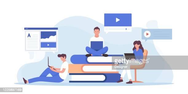 online-bildung und home schooling verwandte vektor flache illustration design - klassenzimmer stock-grafiken, -clipart, -cartoons und -symbole