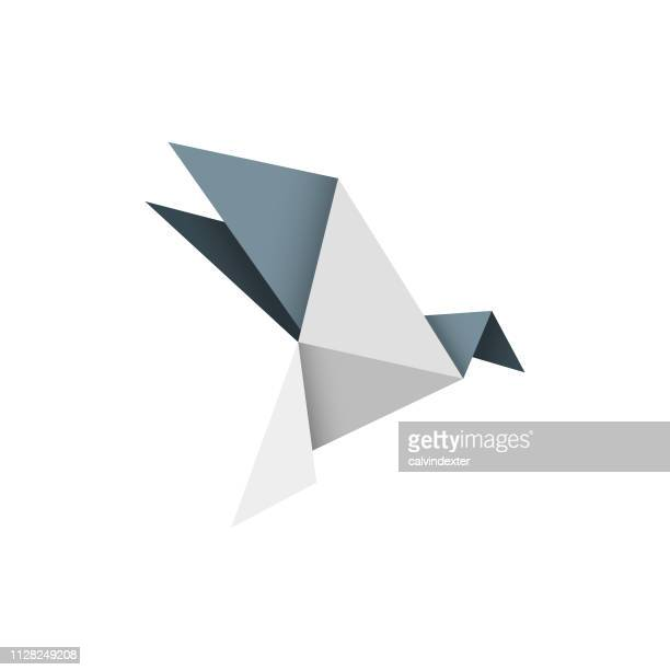 ilustraciones, imágenes clip art, dibujos animados e iconos de stock de diseño de pájaro de origami - pájaro