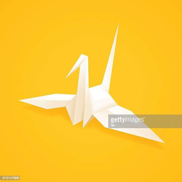 illustrazioni stock, clip art, cartoni animati e icone di tendenza di carta origami a forma di gru - origami