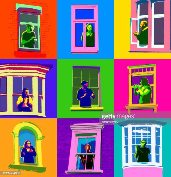 ロックダウン中に窓を見ている人 - 人里離れた点のイラスト素材/クリップアート素材/マンガ素材/アイコン素材