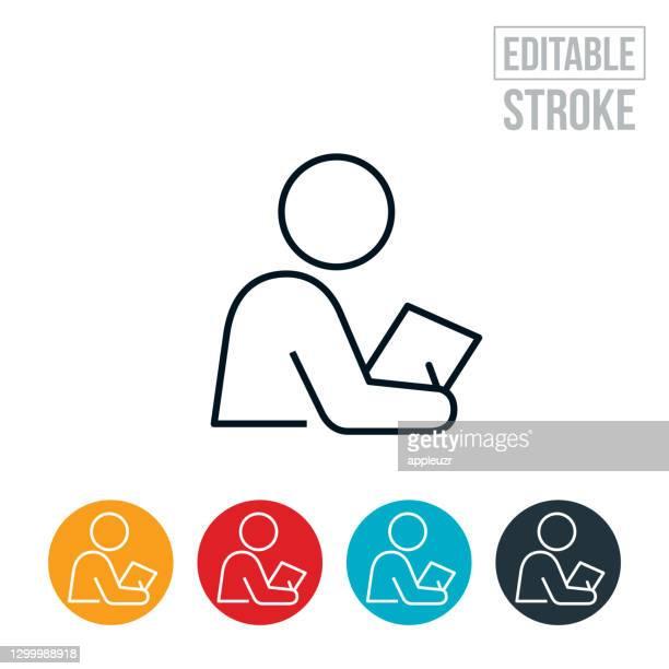 ilustraciones, imágenes clip art, dibujos animados e iconos de stock de persona que escribe el icono de línea fina - trazo editable - asistente de enfermera