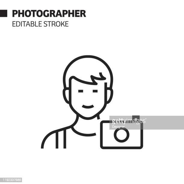 ilustraciones, imágenes clip art, dibujos animados e iconos de stock de icono de línea de avatar de fotógrafo, ilustración de símbolo vectorial de esquema. píxel perfecto, trazo editable. - camara reflex