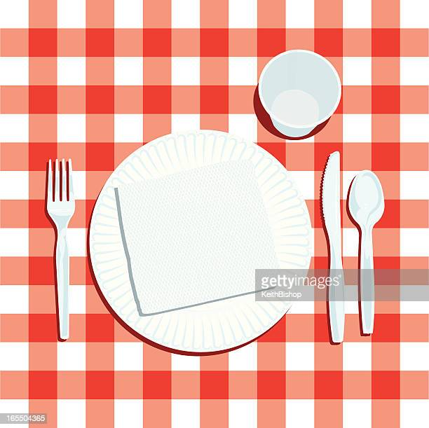 picnic place setting with plate and silverware - picnic stock illustrations
