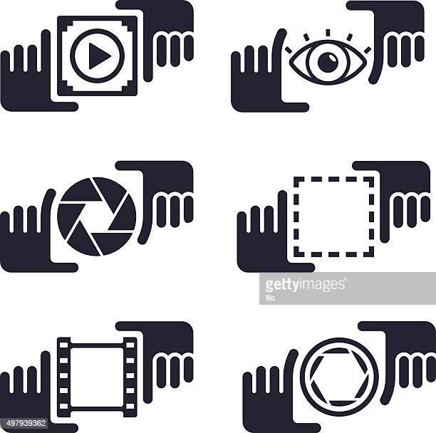 illustrazioni stock, clip art, cartoni animati e icone di tendenza di foto scattate media le mani - temi per la fotografia