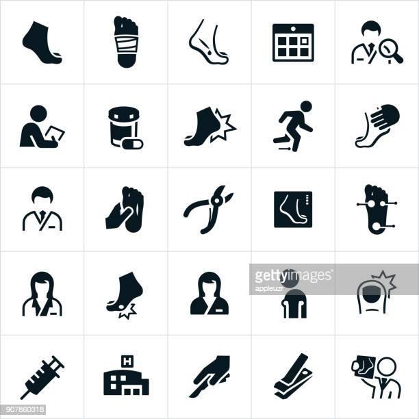 ilustraciones, imágenes clip art, dibujos animados e iconos de stock de iconos de podología - trabajador sanitario