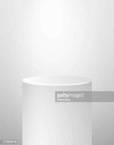 表彰台ペデスタ博物館ステージ。リアルなベクトル。幾何学空白の3dスポットライトスタンド。シリンダープリズム。 - 台座点のイラスト素材/クリップアート素材/マンガ素材/アイコン素材