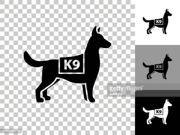 チェッカーボード透明な背景上のk9警察犬のアイコン - 訓練犬点のイラスト素材/クリップアート素材/マンガ素材/アイコン素材