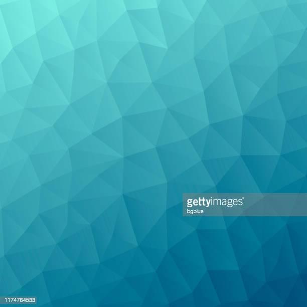 青のグラデーションを持つポリゴンモザイク - 抽象的な幾何学的背景 - 低ポリ - ターコイズカラーの背景点のイラスト素材/クリップアート素材/マンガ素材/アイコン素材
