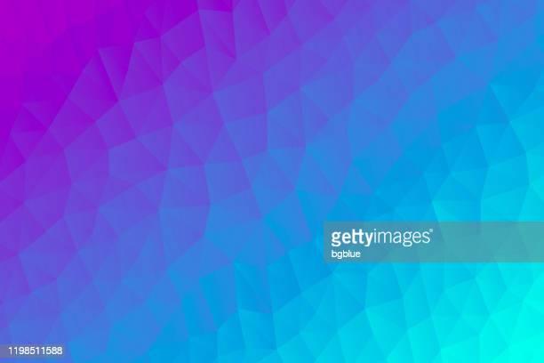 青いグラデーションを持つ多角形モザイク - 抽象的な幾何学的背景 - 低ポリ - ピンクの背景点のイラスト素材/クリップアート素材/マンガ素材/アイコン素材