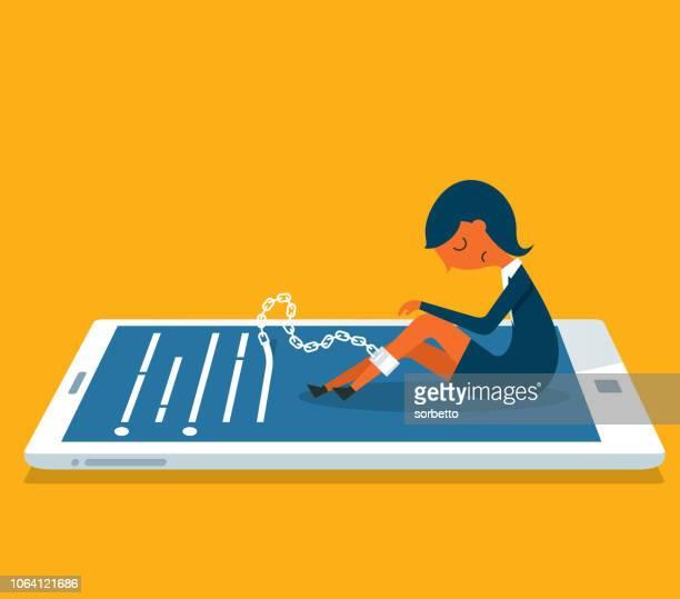 illustrations, cliparts, dessins animés et icônes de femme d'affaires de prisonnier - téléphone portable- - crouler sous le travail