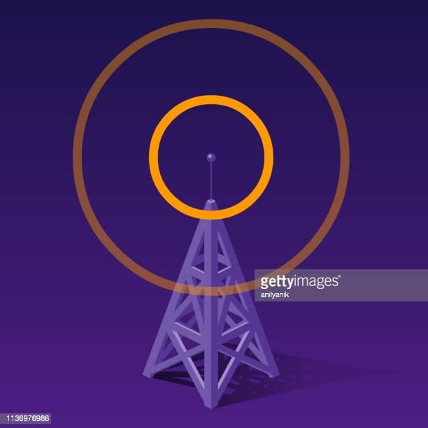 ilustraciones, imágenes clip art, dibujos animados e iconos de stock de torre de radio enviando frecuencias anaranjadas - torres de telecomunicaciones