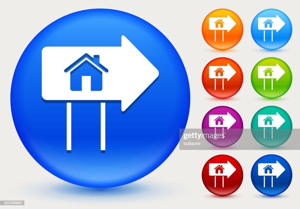 Immobilien-Zeichen-Symbol auf glänzenden Farbkreis Tasten : Vektorgrafik