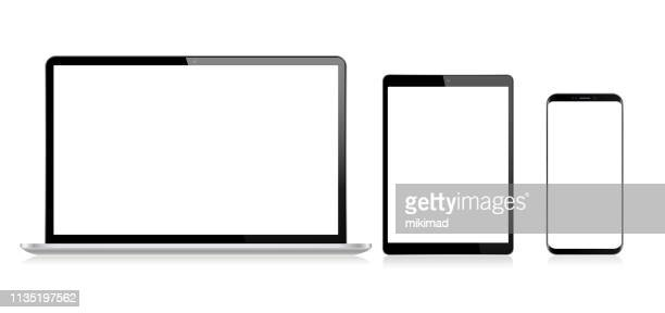 stockillustraties, clipart, cartoons en iconen met realistische vector digitale tablet, mobiele telefoon, slimme telefoon en laptop. moderne digitale apparaten - tablet pc