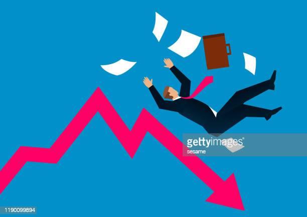 stockillustraties, clipart, cartoons en iconen met recessie, zakenman weigert van arrow - afdalen