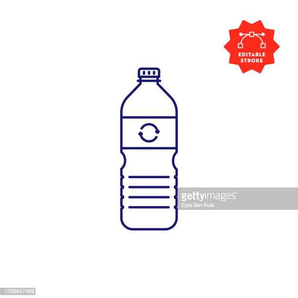 recyclingbare kunststoff wasser flasche linie icon mit editierbaren strich und pixel perfekt. - flasche stock-grafiken, -clipart, -cartoons und -symbole