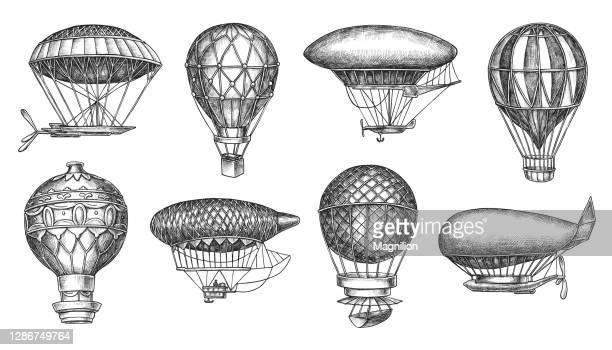 illustrazioni stock, clip art, cartoni animati e icone di tendenza di retro hot air balloon aerostat e disegno a mano libera blimp - vecchio stile