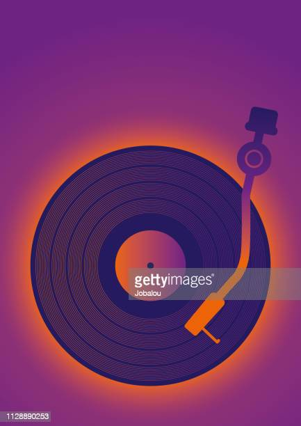 stockillustraties, clipart, cartoons en iconen met retro vinil muziek poster illustraties - saffier