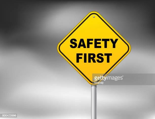 sicherheit erste - erster platz stock-grafiken, -clipart, -cartoons und -symbole