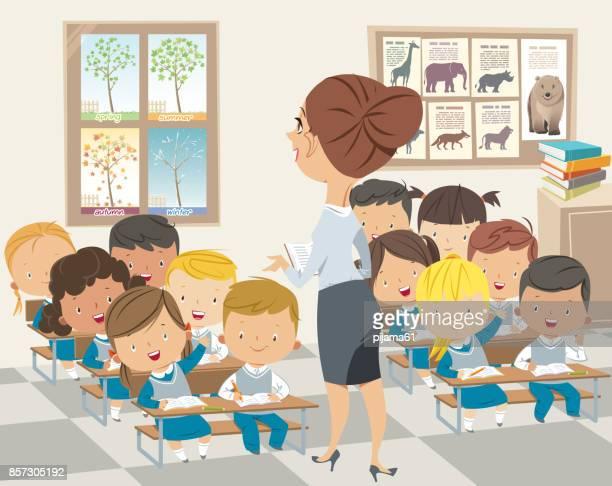 schülerinnen und schüler mit lehrer studieren - klassenzimmer stock-grafiken, -clipart, -cartoons und -symbole