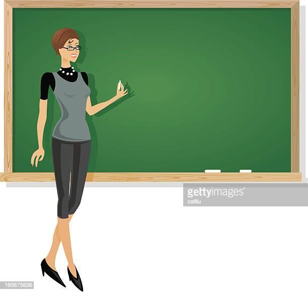ilustraciones, imágenes clip art, dibujos animados e iconos de stock de escuela maestro en chalkboard - edificio de escuela primaria