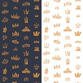 Seamless background with drawing sketch crowns set.