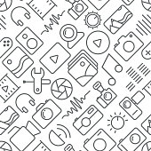 Seamless multimedia icons pattern on white background