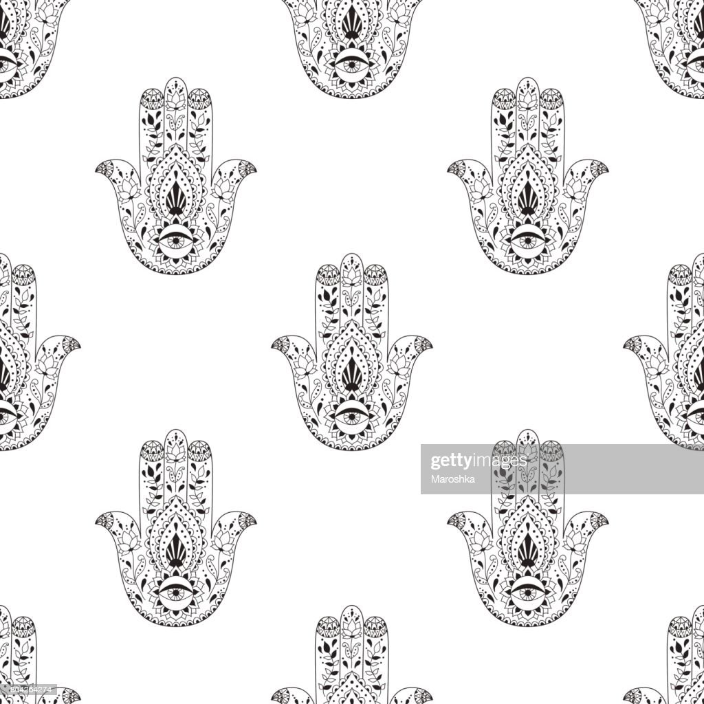 Seamless pattern with indian hand drawn hamsa. Hamsa henna tattoo with ethnic ornament.