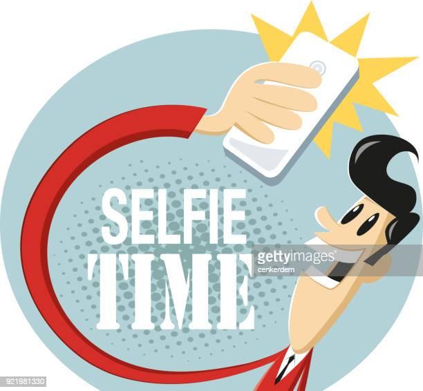 ilustraciones, imágenes clip art, dibujos animados e iconos de stock de autofoto tiempo  - selfie