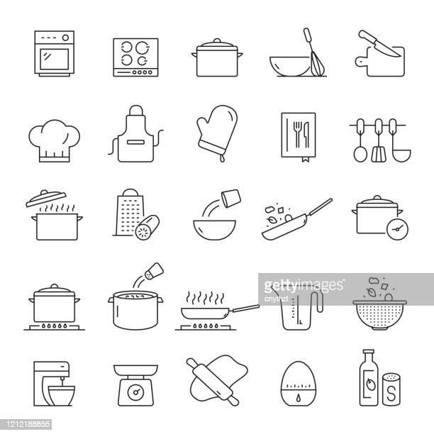 stockillustraties, clipart, cartoons en iconen met set van koken gerelateerde line pictogrammen. bewerkbare beroerte. eenvoudige overzichtspictogrammen. - eetklaar