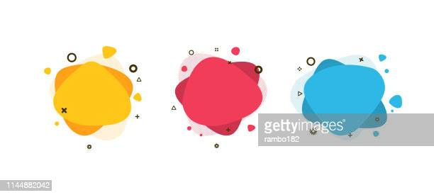 stockillustraties, clipart, cartoons en iconen met set van moderne abstracte vloeibare vormen en banners. fluid design. geïsoleerde gradiënt golven met geometrische lijnen, stippen. vector illustratie. levendige badges. - vorm