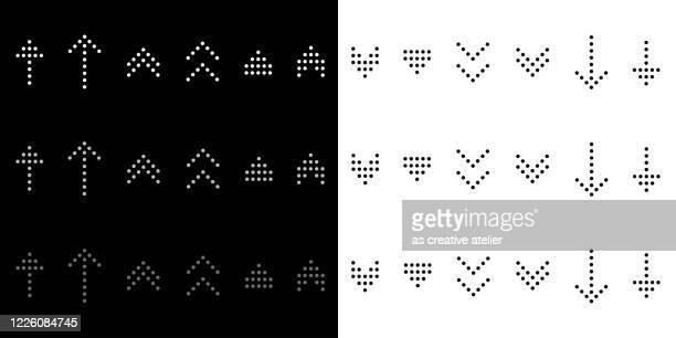 illustrazioni stock, clip art, cartoni animati e icone di tendenza di set di frecce moderne - concetto di punto, sfondo bianco e nero. - cursore del mouse